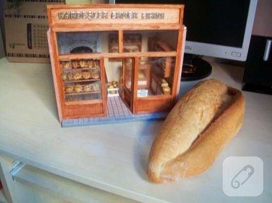Minyatür ekmek fırını