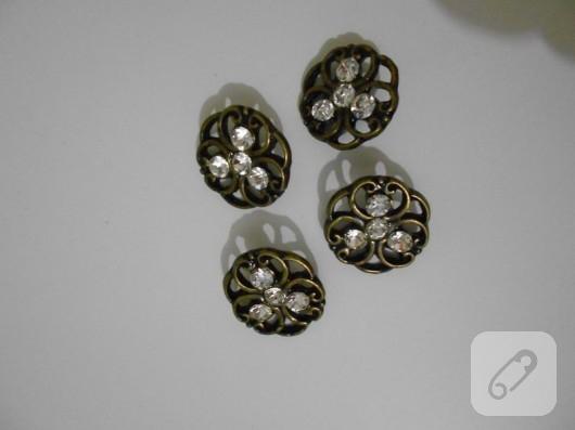 düğmelerden kolye yapımı