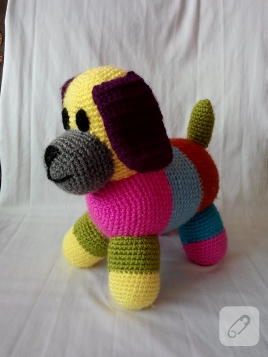 amigurumi-kopek-orgu-oyuncaklar