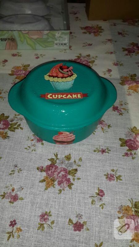 cam-boyama-cupcake-desenli-borcam