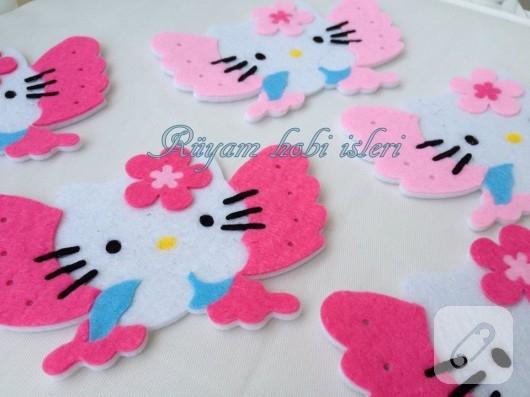 keceden-hello-kitty-bebek-sekeri-4