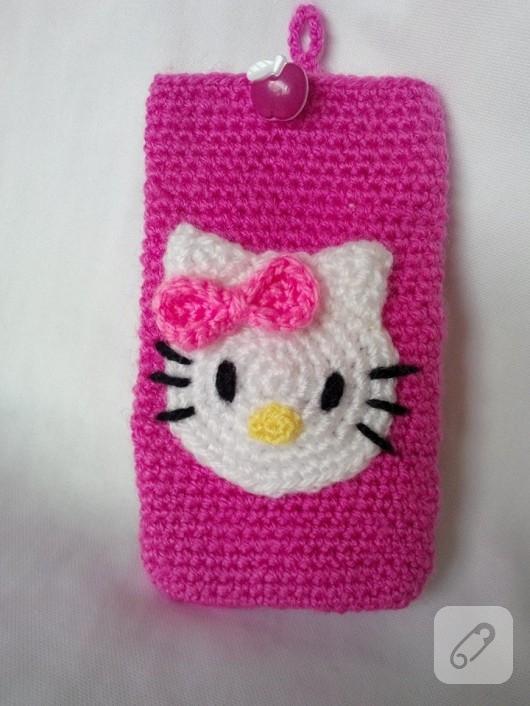 orgu-modelleri-hello-kitty-pembe-telefon-kilifi