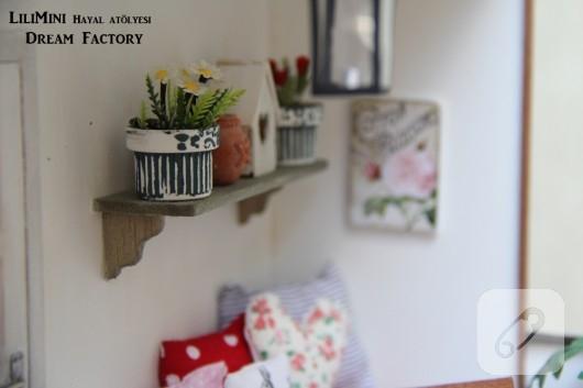 karton-ve-fimo-hamurundan-minyatur-balkon-yapimi-20
