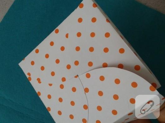 kartondan-hediye-paketi-yapimi-10