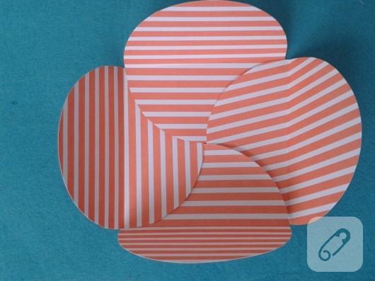 kartondan-hediye-paketi-yapimi-7