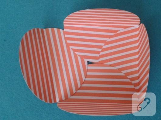 kartondan-hediye-paketi-yapimi-9