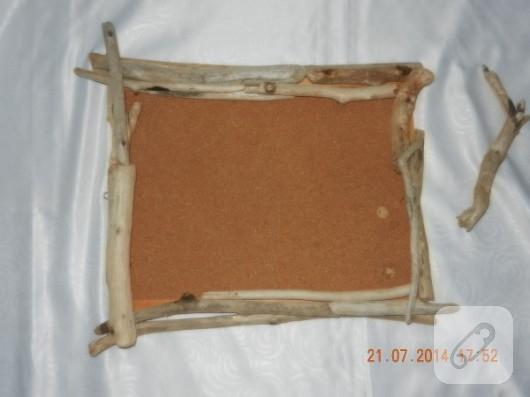kuru-dallarla-mantar-pano-susleme-4
