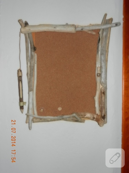 kuru-dallarla-mantar-pano-susleme-6