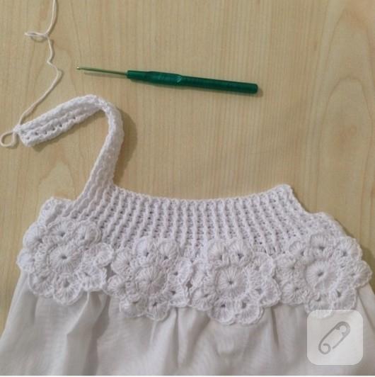 tig-isi-suslemeli-beyaz-cocuk-elbisesi-2