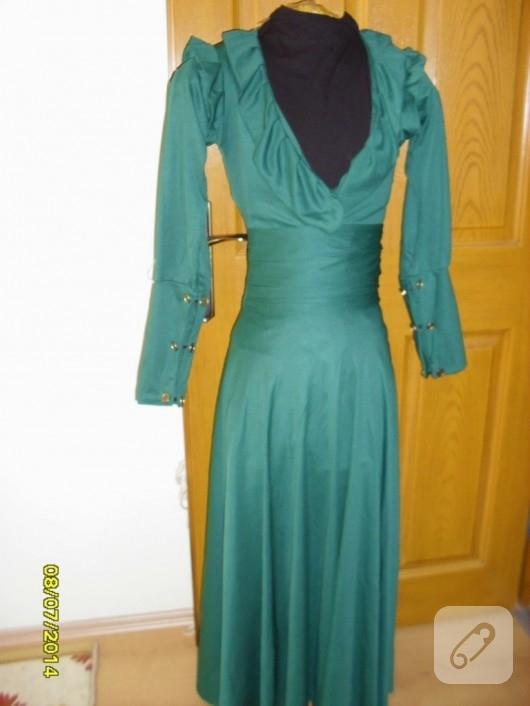 yesil-renkte-uzun-elbise-modelleri