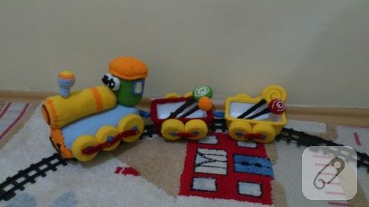 amigurumi-oyuncak-tren-