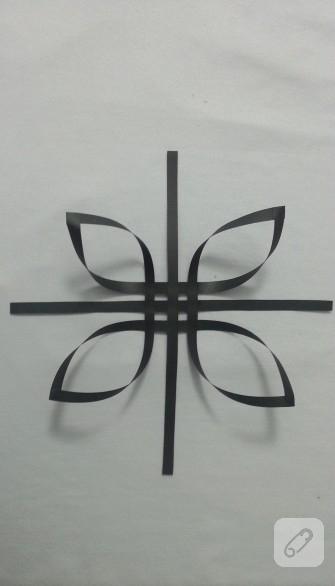 kagittan-yildiz-yapimi-4