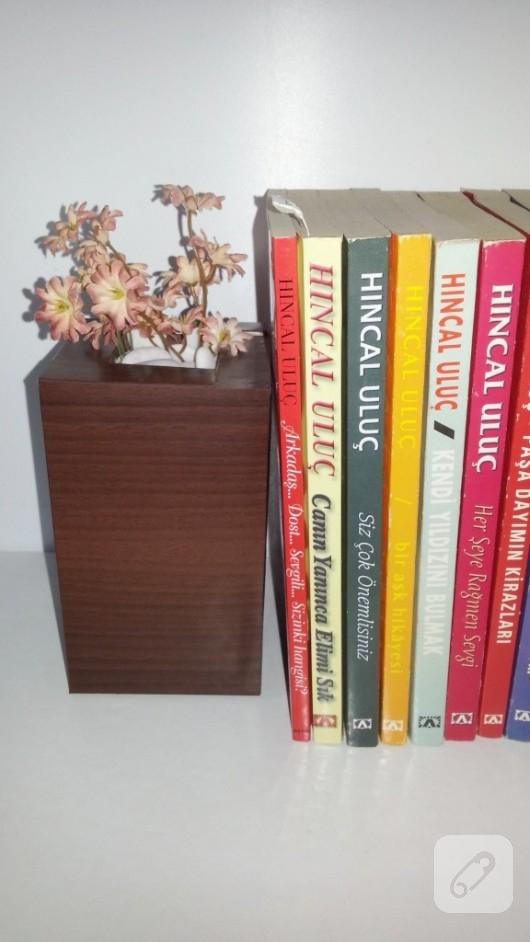 mukavva-kartondan-dekoratif-kitap-tutucu-yapimi