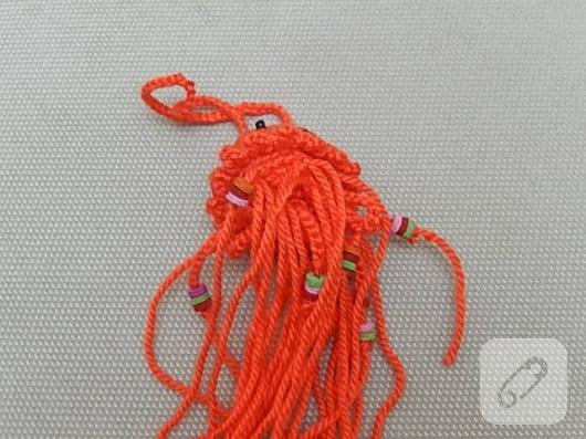 amigurumi-oyuncak-nasil-yapilir-orgu-denizanasi-17