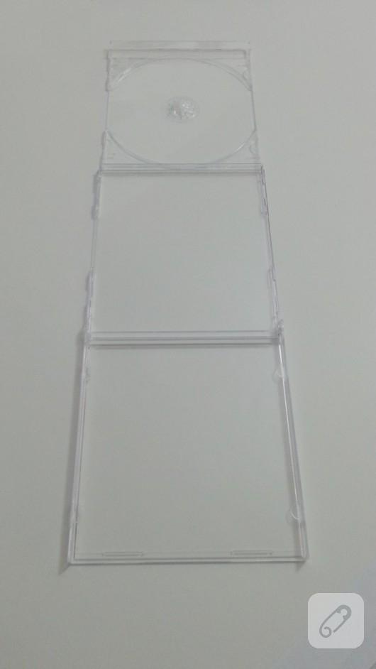 cd-kutusu-degerlendirme-kendin-yap-duvar-panosu-3