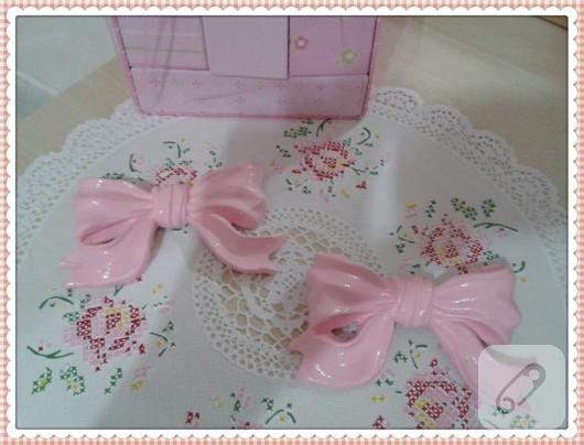 polyester-boyama-fiyonk-bebek-odasi-susleri