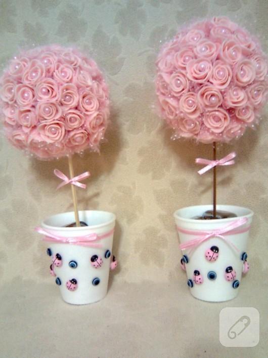 strafor-toplardan-dekoratif-gul-agaci