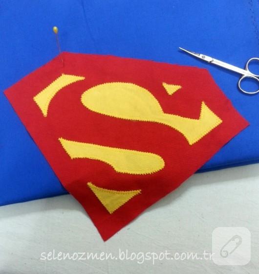 superman-sirt-cantasi