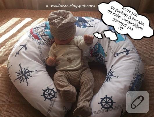 bebek-emzirme-yastigi