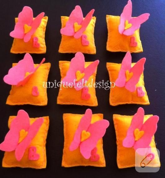 kece-kelebekli-lavanta-yastiklari-3