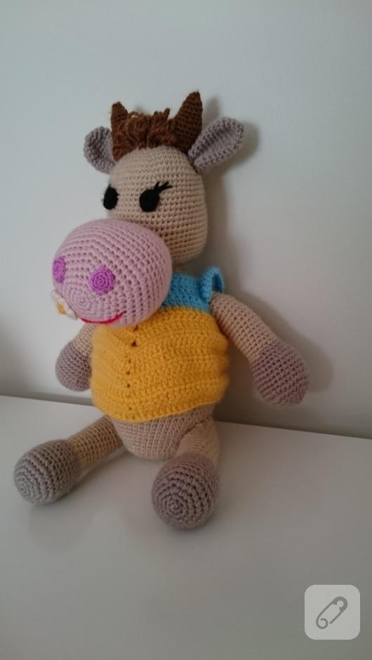 amigurumi-oyuncak-inek-2
