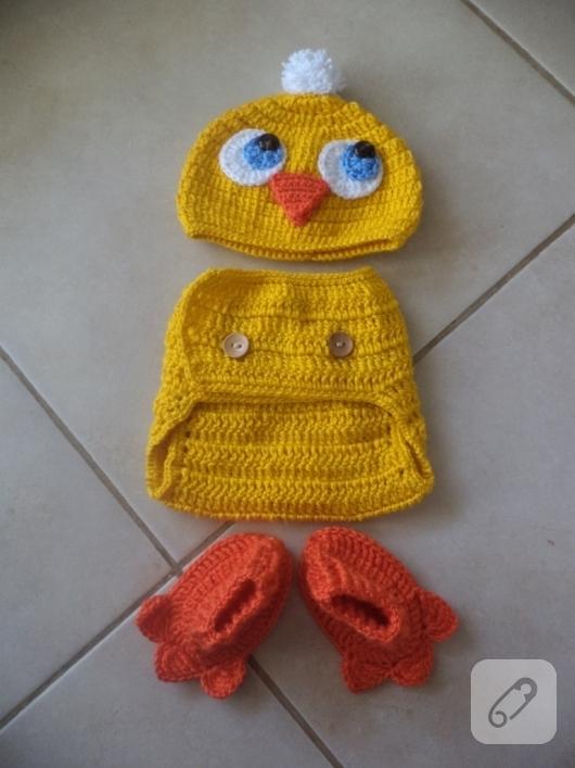 bebek-orguleri-civciv-kostumu