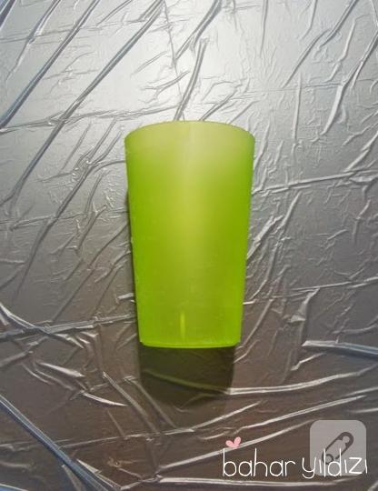pecete-dekupaj-nasil-yapilir-plastik-bardaktan-kalemlik-yapimi-1