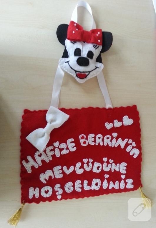 kece-minnie-mouse-suslemeli-kapi-susu