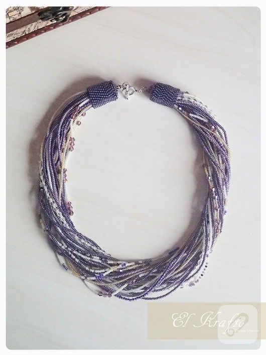 lila-boncuklu-kolye-modelleri-2