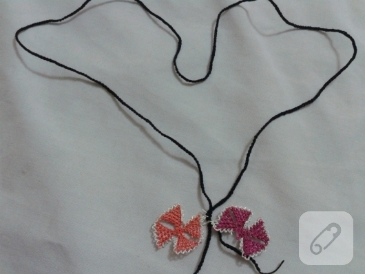 needle-Oyasu-how-to-embroidered-necklace-models-12