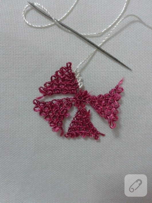 needle-Oyasu-how-to-embroidered-necklace-models-7