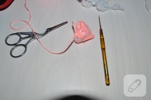 amigurumi-orgu-kalp-nasil-yapilir-17