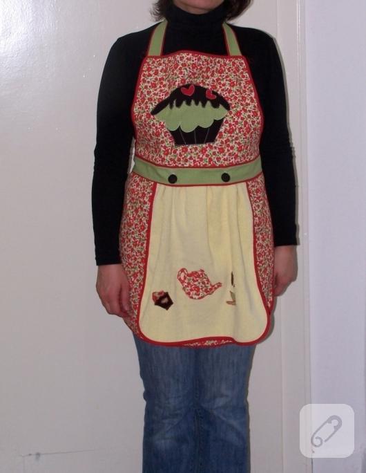 cupcake-aplikeli-cicekli-mutfak-onlugu