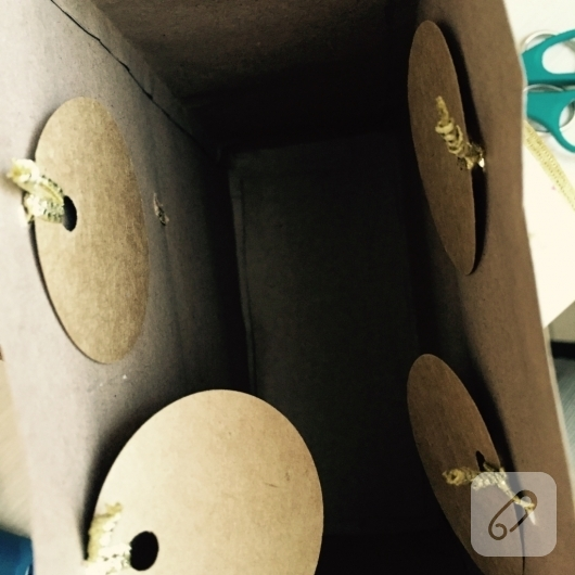 kraft-kagitlarindan-hediye-paketi-poset-yapimi-8