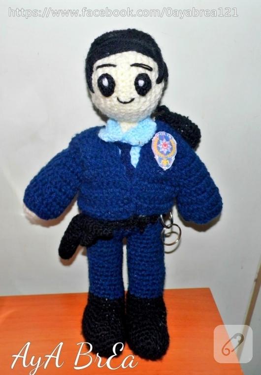 amigurumi-polis-oyuncak-bebek-
