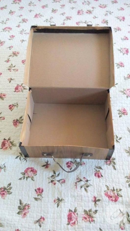 ayakkabi-kutusundan-bavul-gorunumlu-dekoratif-kutu-yapimi-26