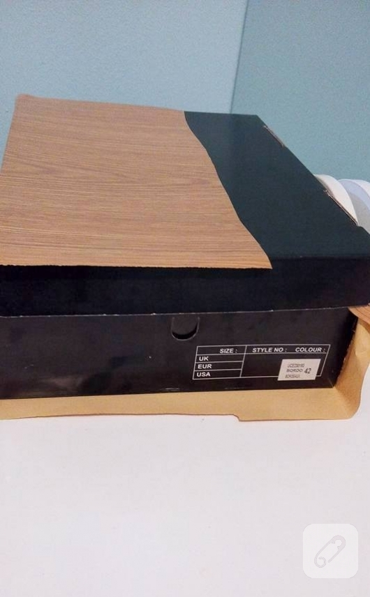 ayakkabi-kutusundan-bavul-gorunumlu-dekoratif-kutu-yapimi-5