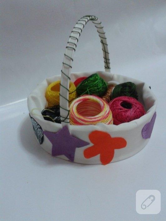 yogurt-kovasindan-kumas-kaplama-sepet-yapimi-30