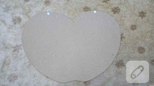 anasiniflari-icin-elma-seklinde-duvar-susu-yapimi-1