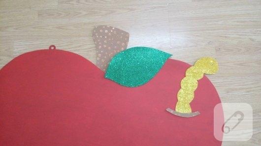 anasiniflari-icin-elma-seklinde-duvar-susu-yapimi-4