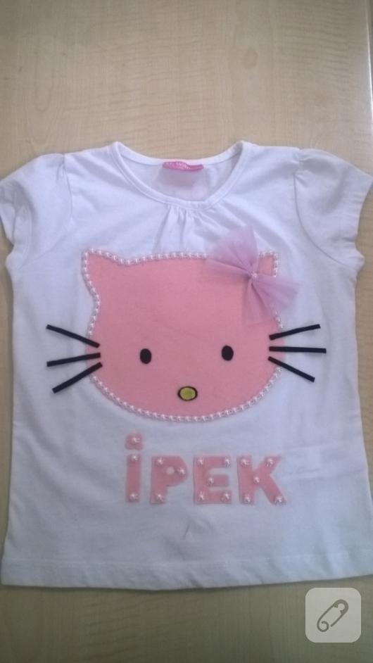 kece-hello-kitty-aplikeli-cocuk-tisortu