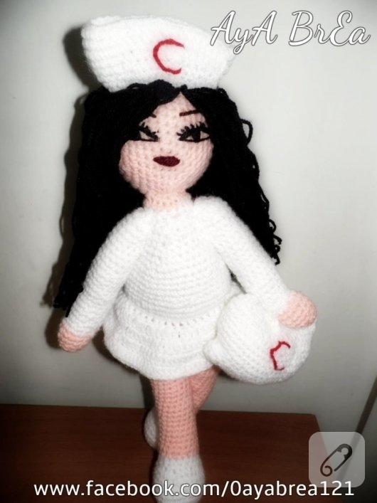hemsire-orgu-oyuncak-bebek-amigurumi-1