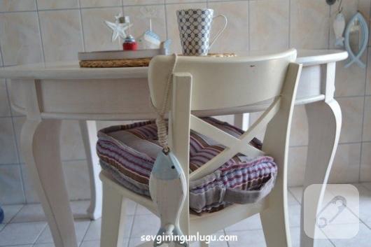 sandalyeler-icin-fransiz-stili-minder-dikimi-1