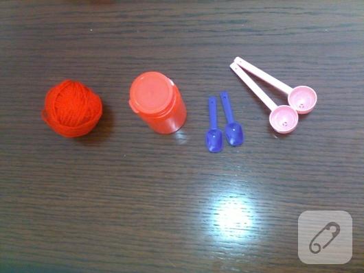 basit-oyuncak-yapimi-geri-donusum-diy-fikirleri-1