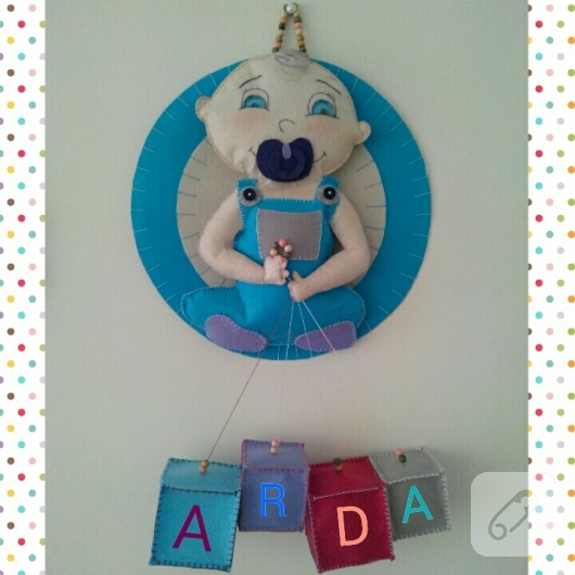 keceden-erkek-bebek-odasi-mavi-kapi-susu-modelleri-1