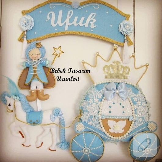 mavi-keceden-balkabagi-prensli-erkek-bebek-odasi-kapi-susu-modelleri