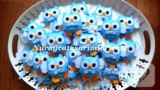 mavi-keceden-papyonlu-baykus-magnet-bebek-sekerleri
