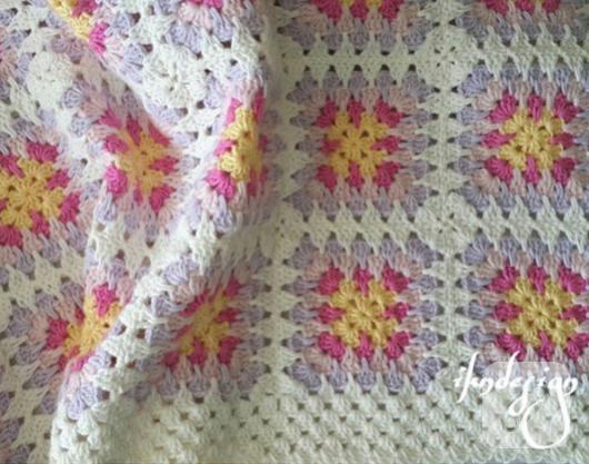 seker-renklerinde-pastel-tig-isi-bebek-battaniyesi-modeli