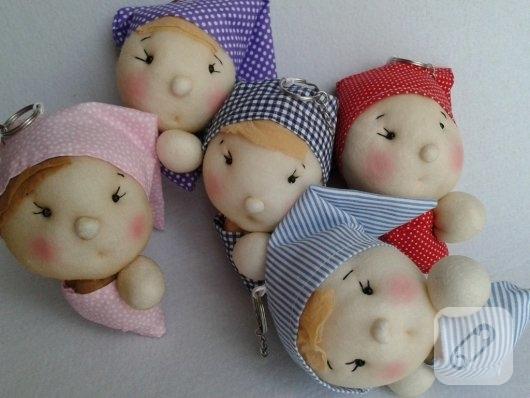 tombul-bez-bebek-suslemeli-anahtarlik-modelleri