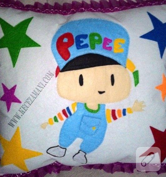 kece-pepee-islemeli-bebek-yastigi-1